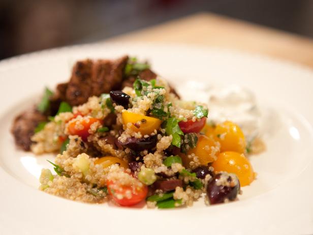 salada grega de quinua